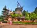 Disneyland Park 10