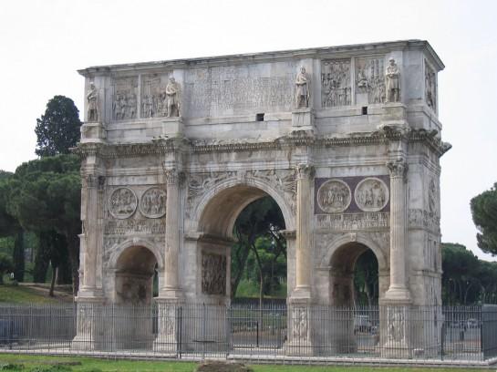 Constantinus diadalíve, Róma