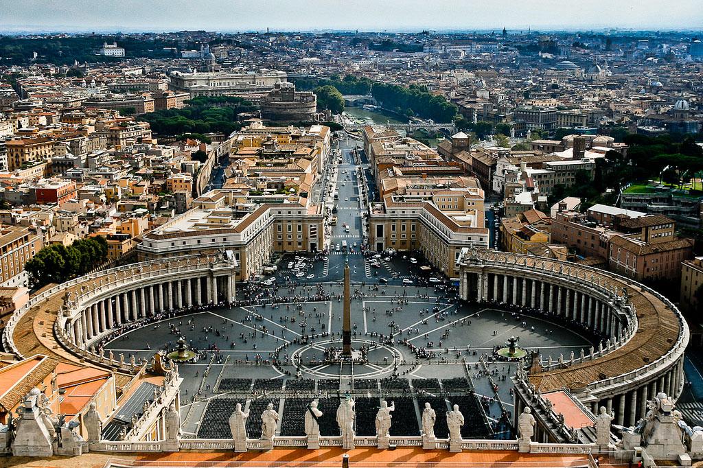 Vatikán busszal